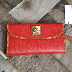 Dooney and Bourke red pebble leather wallet new